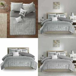Intelligent Design Raina Comforter Set Full/Queen Size - Gre
