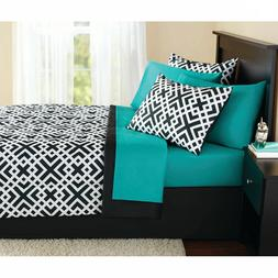 King Size Comforter Set 8-Pieces Geo Bed in a Bag Complete B