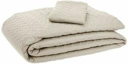 AmazonBasics Oversized Quilt Coverlet Bed Set - Twin, Beige