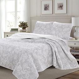 Great Bay Home 3-Piece Reversible Quilt Set with Shams. All-