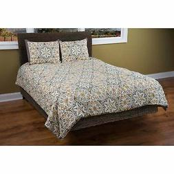 White 90X92 Rizzy Home BT1379 Comforter